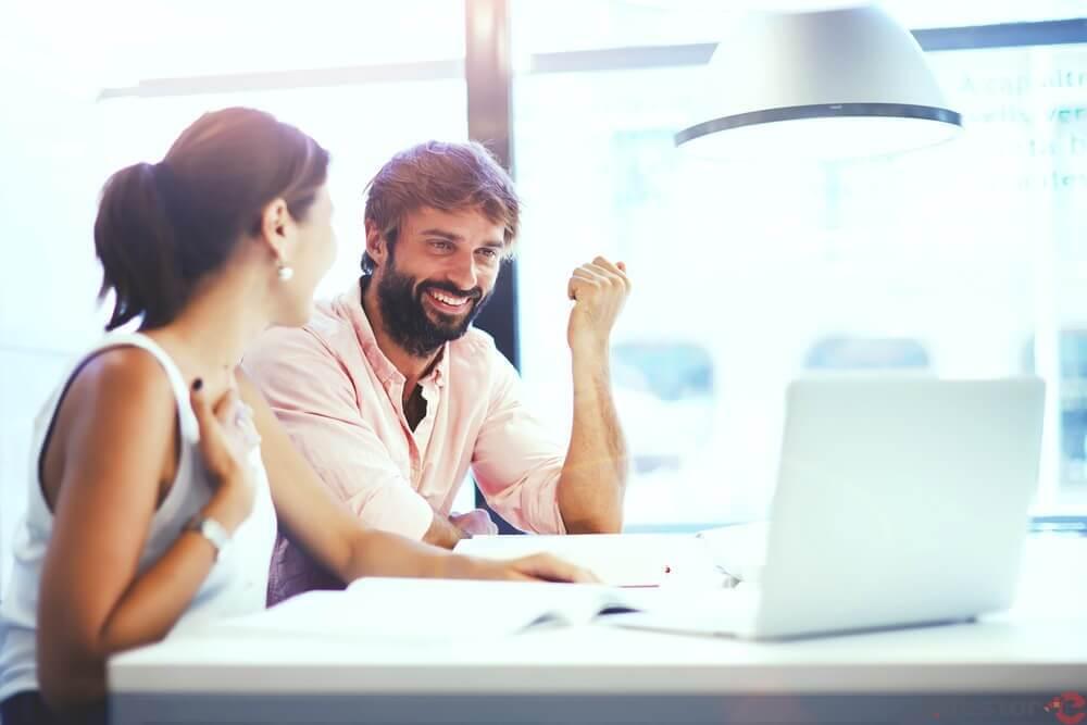 A vantagem competitiva trazida pela tecnologia em pequenas empresas