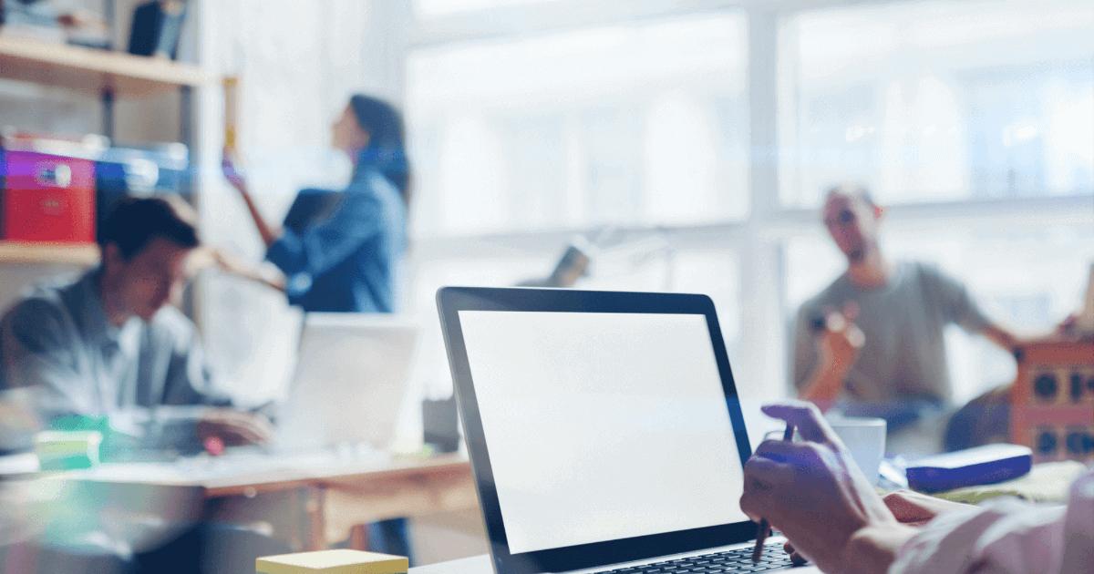 Conheça softwares de gestão empresarial e de processos que podem ajudar sua rotina