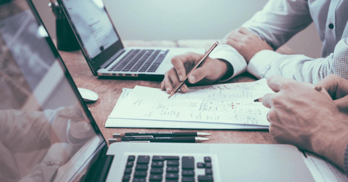 Contador ou contabilista: O que significa cada um e suas tarefas