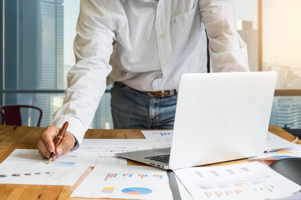 4 motivos para você inserir um controle financeiro no dia a dia da sua empresa