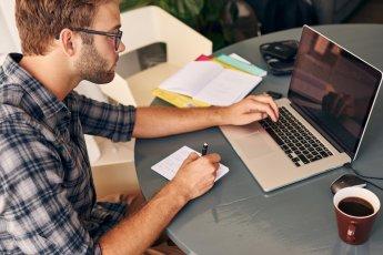 Como funciona e quais os benefícios de um CRM para o seu negócio?
